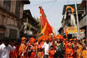 4.-httpen.paperblog.comcelebrating-harvest-festival-in-india-part-3-west-india-celebrates-the-new-year-in-gudi-padwa-182611 - Copy