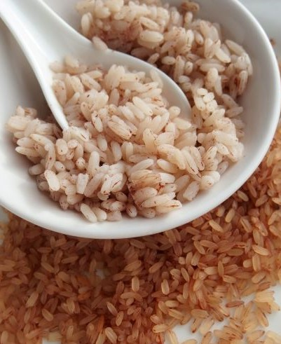 Bowl of cooked matta rice